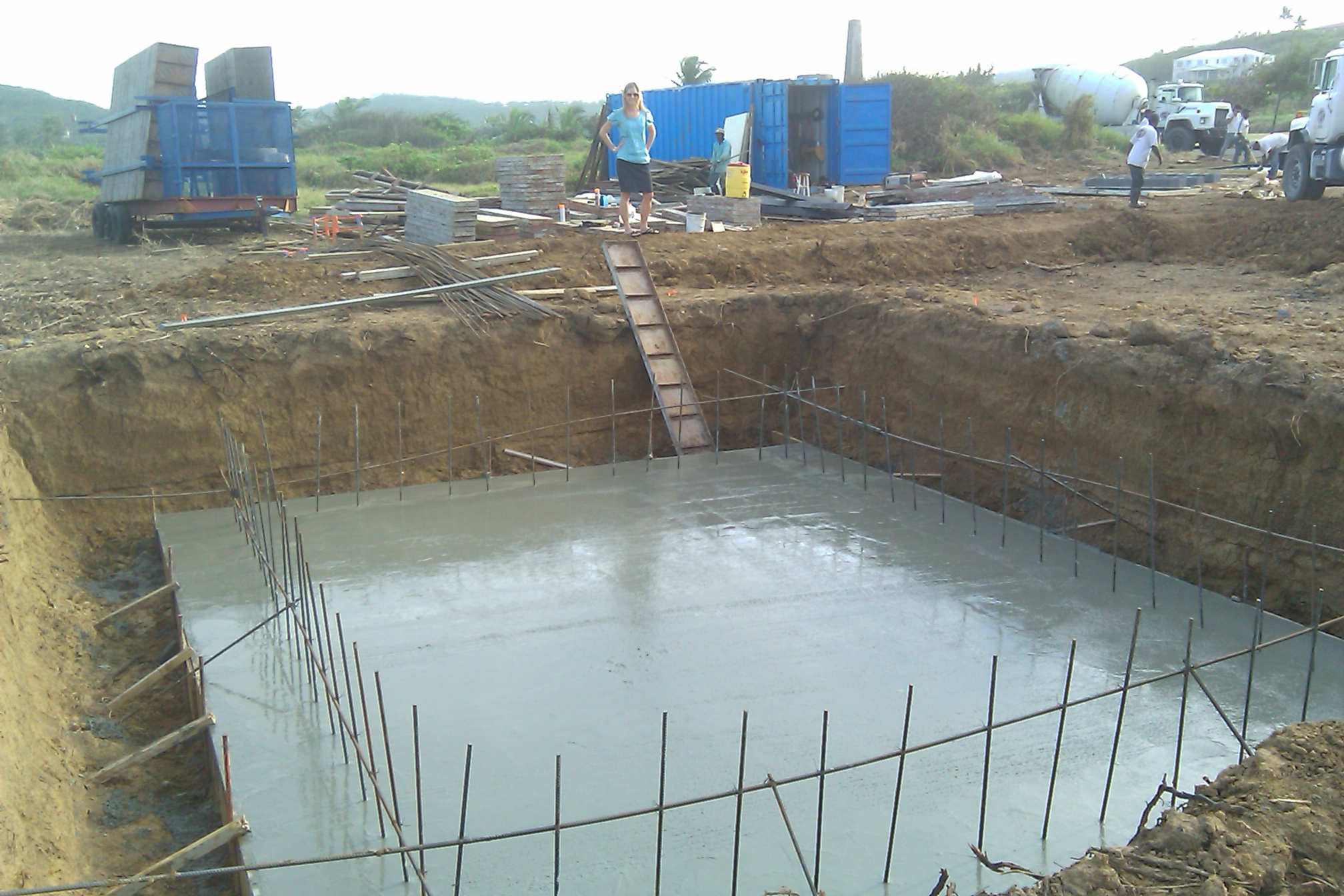 12-27-2010 - Cistern Pour