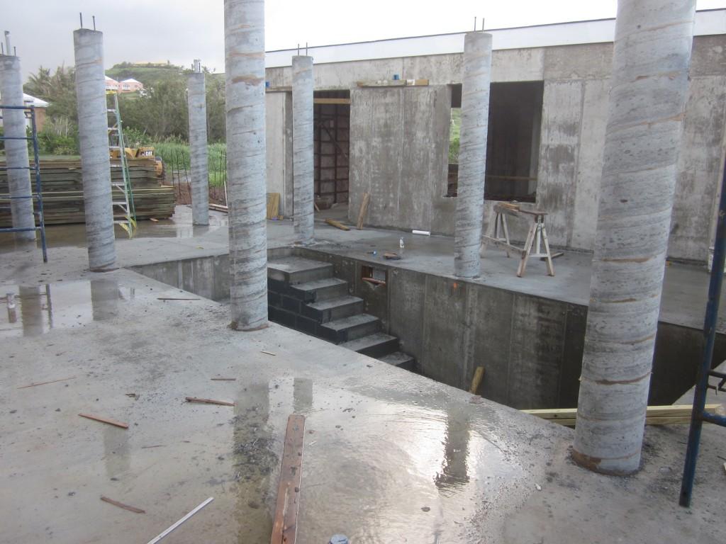 4/20/2011 - Column work complete, more rain